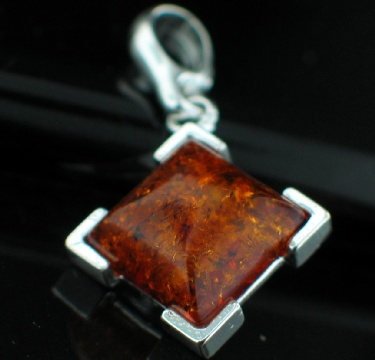 Sterling silver Baltic Amber pendant ID=amb_pn123c