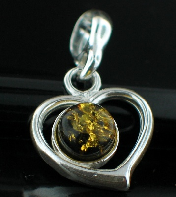 Sterling silver Baltic Amber (Green) pendant ID=amb_pn177g