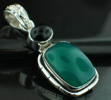 Sterling silver SP - Green Onyx (10x15mm) & Black Onyx Pendants_SilverPlated ID=psp33gx_bx