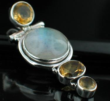 Sterling silver Citrine & Rainbow Moonstone pendant ID=srp192ctf