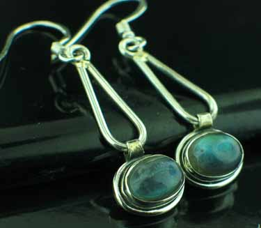 Sterling silver Labradorite (5x8mm) Earring