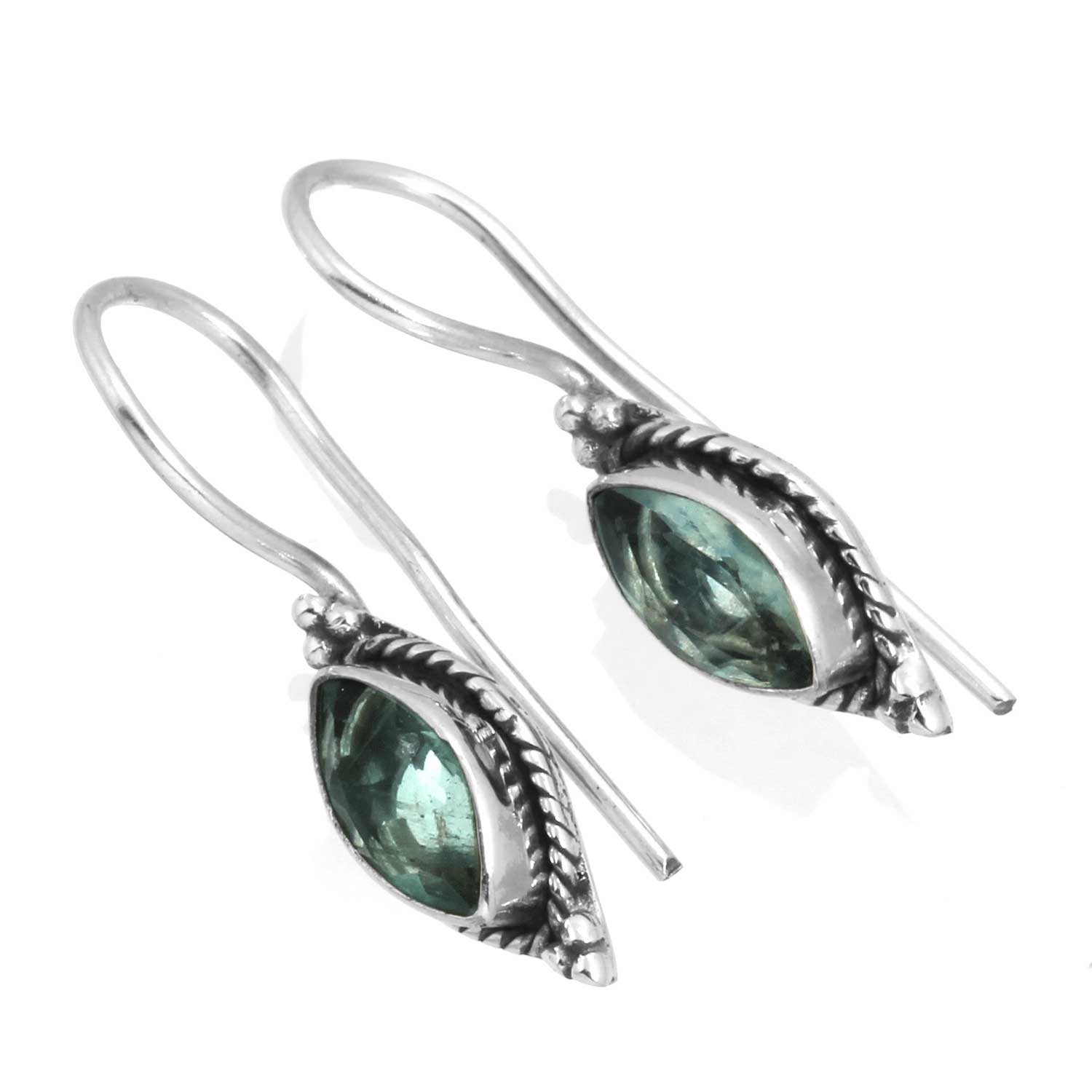 Sterling silver Blue Topaz (3ctw) Earring