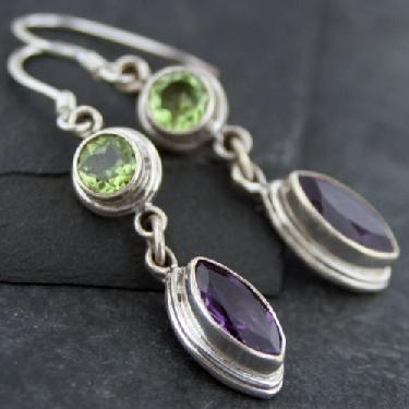 Sterling silver Amethyst (4ct) & Peridot (2ct) earring