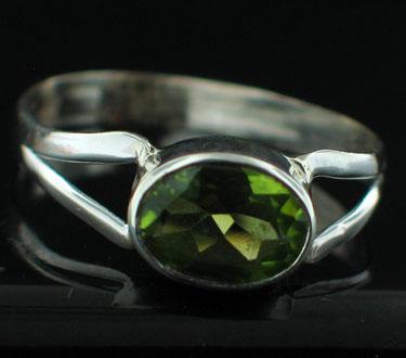 Sterling silver Peridot Ring