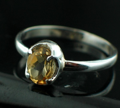 Sterling silver Citrine (1ctw) Ring