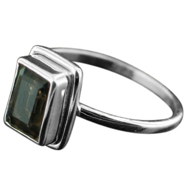 Sterling silver Smokey Topaz (2ctw) Ring